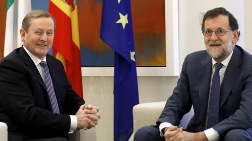 España e Irlanda: Dos formas de salir de lacrisis.