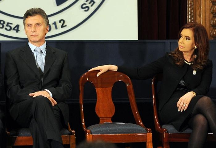 De los Kirchner a Macri: Argentina en caídalibre.