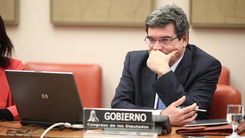 ep_el_ministro_de_inclusion_seguridad_social_y_migraciones_jose_luis_escriva_comparece_en_comision_780x440